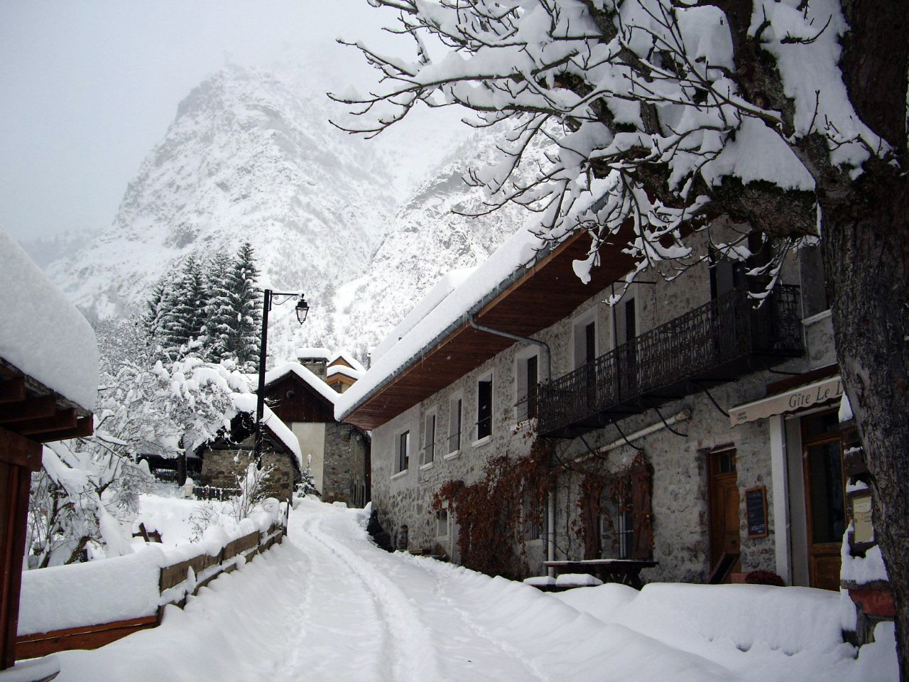 Lauvitel Lodge in Winter