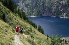 Between the Col du Vallon and Lauvitel Lake